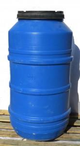 """חבית פלסטיק בנפח 220 ליטר-100 ש""""ח"""